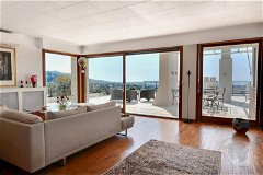 Renovated penthouse with panoramic sea view for sale in Le Cannet